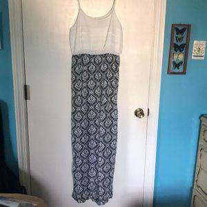 TCEC Maxi Dress Size M